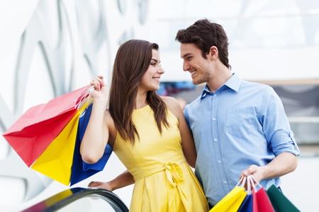 Wie Einkaufscenter die Kunden ins Center locken und sie zum Verweilen einladen. Am Beispiel der Männerchallenge im AEZ.