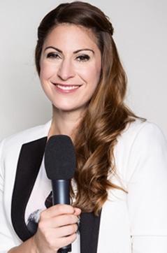Madita van Hülsen ist unser neues Testimonial für Radio Hamburg und HAMBURG ZWEI.