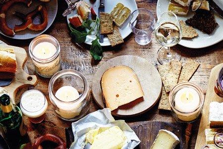 HAMBURG ZWEI macht aus altem Käse eine aktivierende Programmaktion - Foto: Old Amsterdam