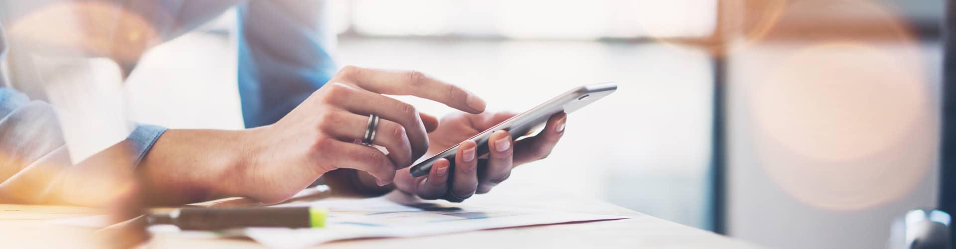 Das Smartphone wird der wichtigste Online-Zugang Foto: Shutterstock